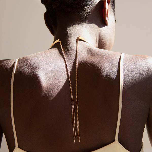 bijoux-collier-jewelry-necklace-unique-hand-made-designer-ambre-cardinal-back-necklace